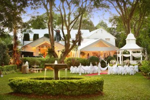 Maleny weddings at house of Laurels